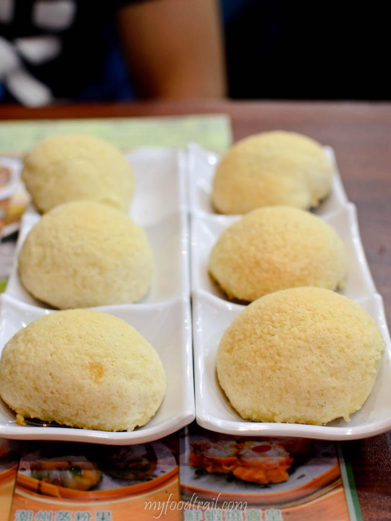 Tim Ho Wan, Mongkok, Hong Kong - Baked bun with BBQ Pork 2 serves