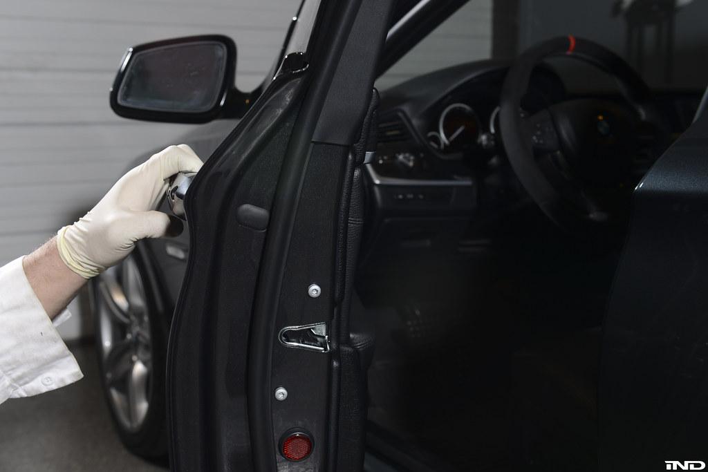 remove e46 driver door panel