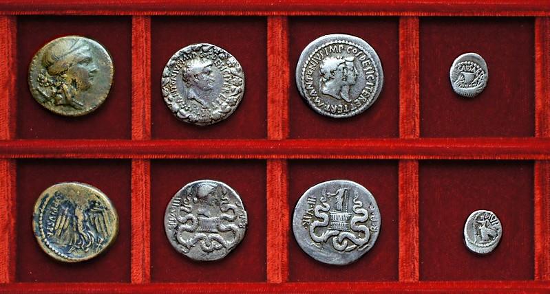 RRC 550 Q.OPPIVS PR Oppius dupondius, HCRI 262 HCRI 263 Antony Octavia cistophorus, Octavian HCRI 315A quinarius, Ahala collection, coins of the Roman Republic