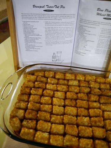 2012-12-16 - AVK Brewpub Tater Tot Pie - 0006