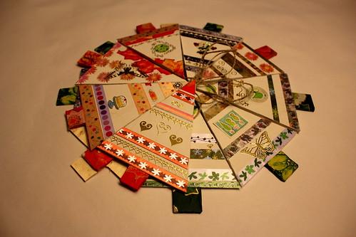 Make your own greetings cards, gift tags & decorations from repurposed wood. Cartes de voeux, bois de récup; faites-les vous-même! Crear sus propias tarjetas y decoraciones para Navidad y Año Nuevo hechas de madera reutilizados