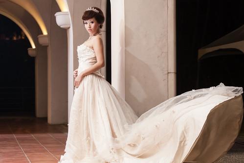 [フリー画像素材] 人物, 女性 - アジア, ウエディングドレス ID:201212222200