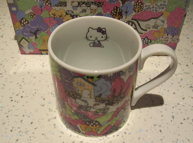 Hello Kitty Liberty Art Fabrics Dinner Set