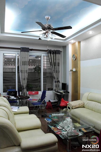 mike homestay living room (1)