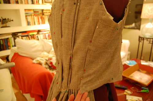 Making a robe a l'anglaise 16