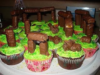cupcake-henge