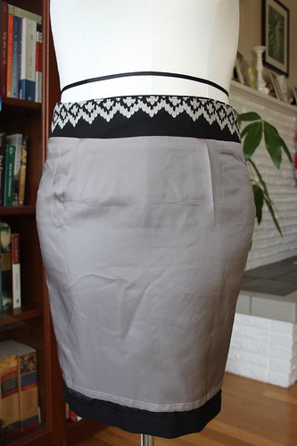 pencil skirt lining & waistband