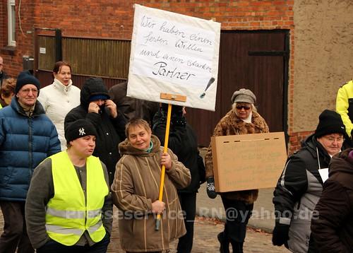 2012.12.29 Stendal OT Insel Buerger_innen und NPD (6)