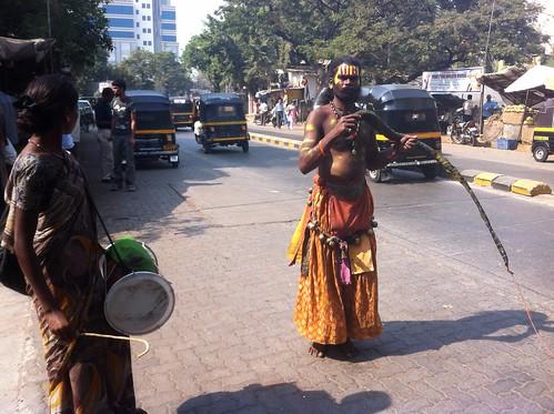 Kadaklakshmi - Street performer in Mumbai by ashubij