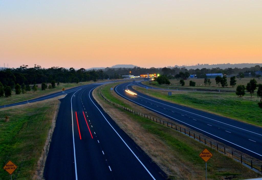 Freeway at dawn, Nar Nar Goon
