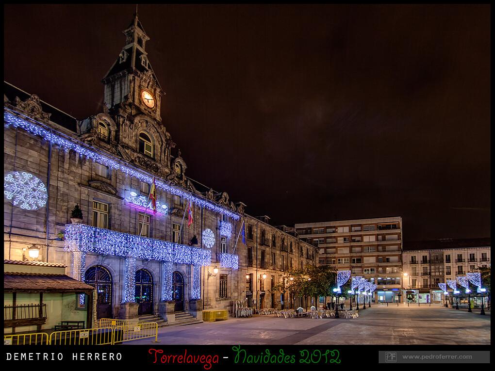 Navidades Torrelavega 2012 - Boulevard Demetrio Herrero - Palacio Municipal