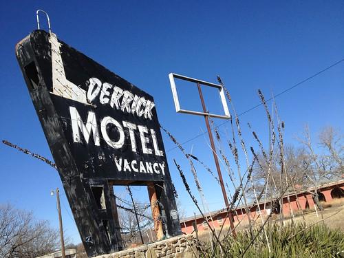 Derrick Motel Abilene Texas Abandoned Neon Sign Vintage IMG_4799