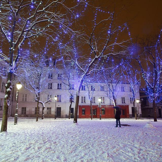 Place du Tertre sous la neige