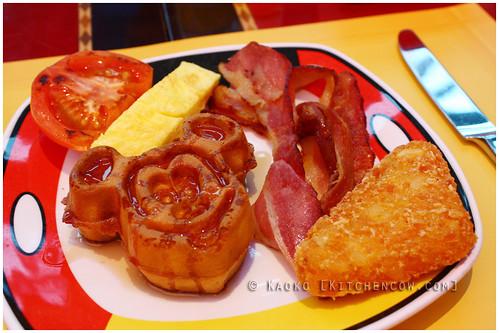 HK Disneyland - Mickey Mouse Waffle