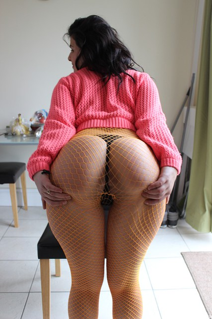 The-Big-Ass-Girl-Fishnets-Booty-Oil-Ass-Rub - By Bigassgirl-3246