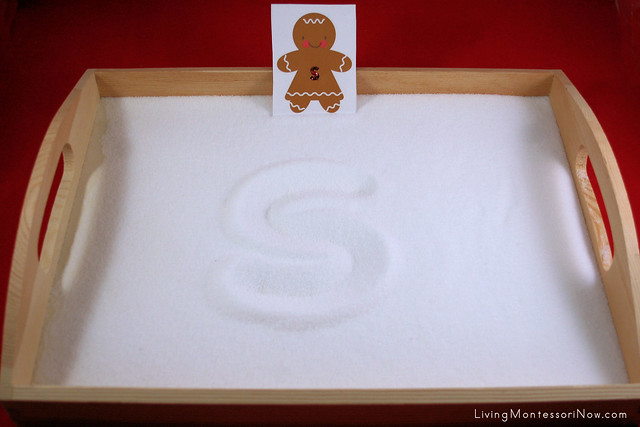 Gingerbread Babies Textured Letters Salt Tray