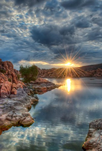 arizona reflection clouds sunrise az granite sunburst prescott watsonlake