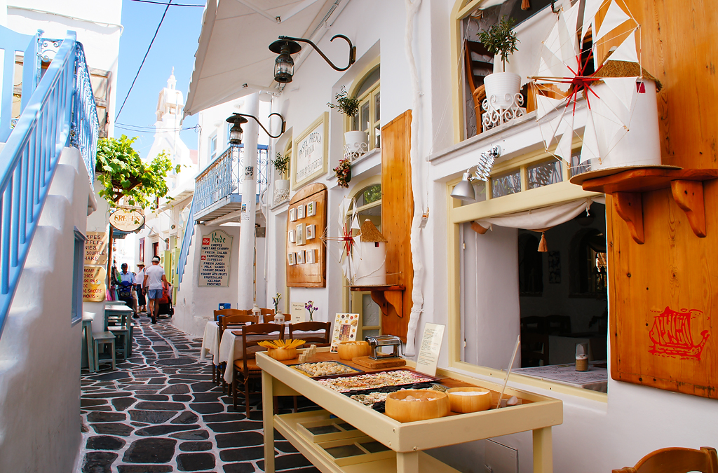 The Narrow Alley in Mykonos Greece