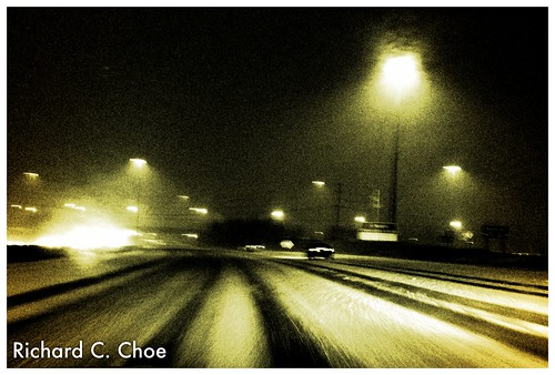 Driving in Snowy Night (11.26, '12) 1 by rchoephoto