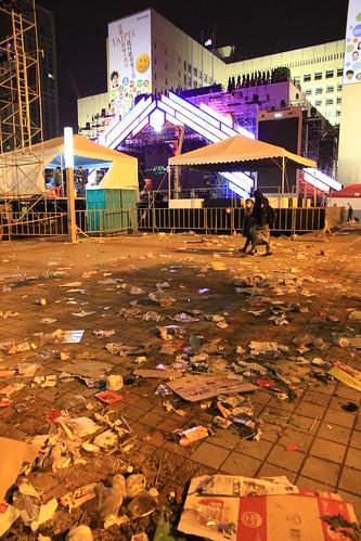 2013台北市跨年晚會垃圾-101-201301010154-賴鵬智攝-直