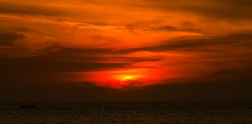 sunset indonesia raw bb makassar southsulawesi akarenabeach nikond7000 yemaria happybirthdayah