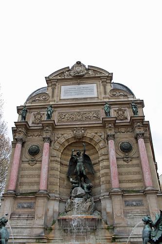 Place Saint-Michel