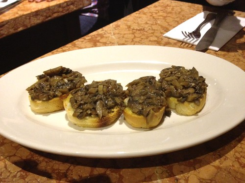 Bruschetta con Funghi toasted crostini with sauteed mushrooms