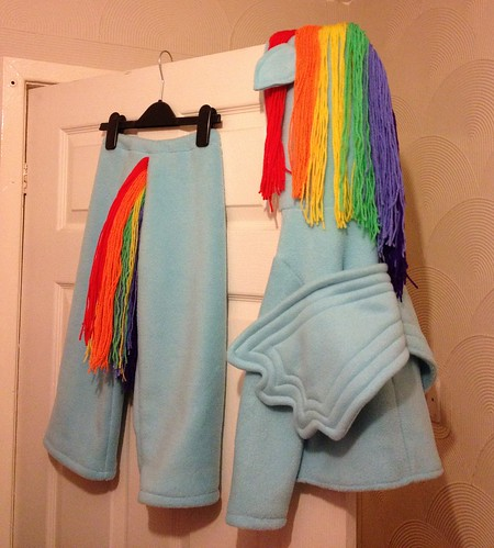 I made Anara a rainbow dash costume (my little pony)