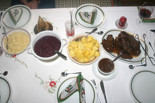 Weihnachtstafel mittags / Christmas dinner