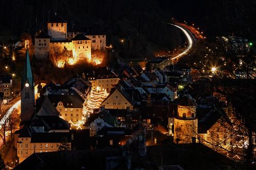 austria feldkirch nightshot nachtaufnahme vorarlberg schattenburg katzenturm