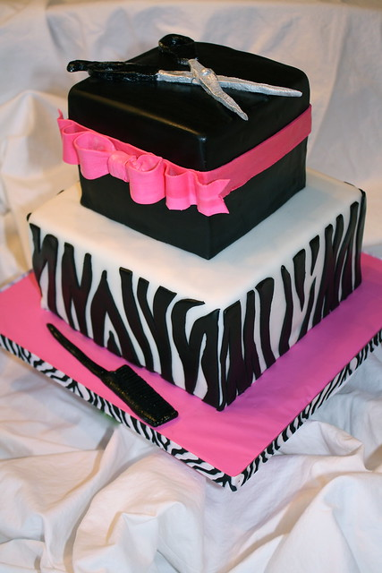 cosmetology graduation cakes