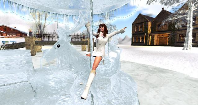 Merry-Go-Reindeer