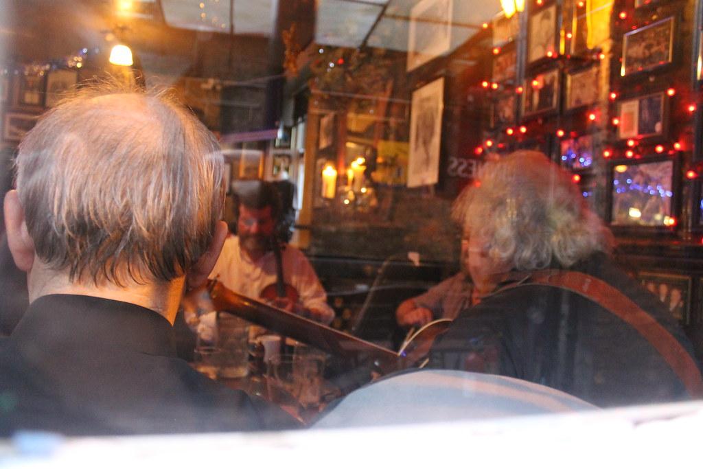8398691715 e2b979081c b El pub más antiguo de Irlanda