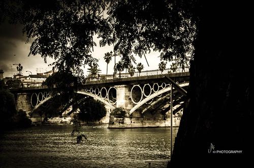 Paseo de arte by ANAISAN PHOTOGRAPHY