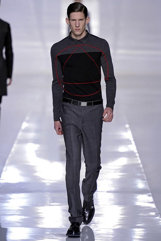 FW13 Paris Dior Homme025_Botond Cseke(GQ.com)
