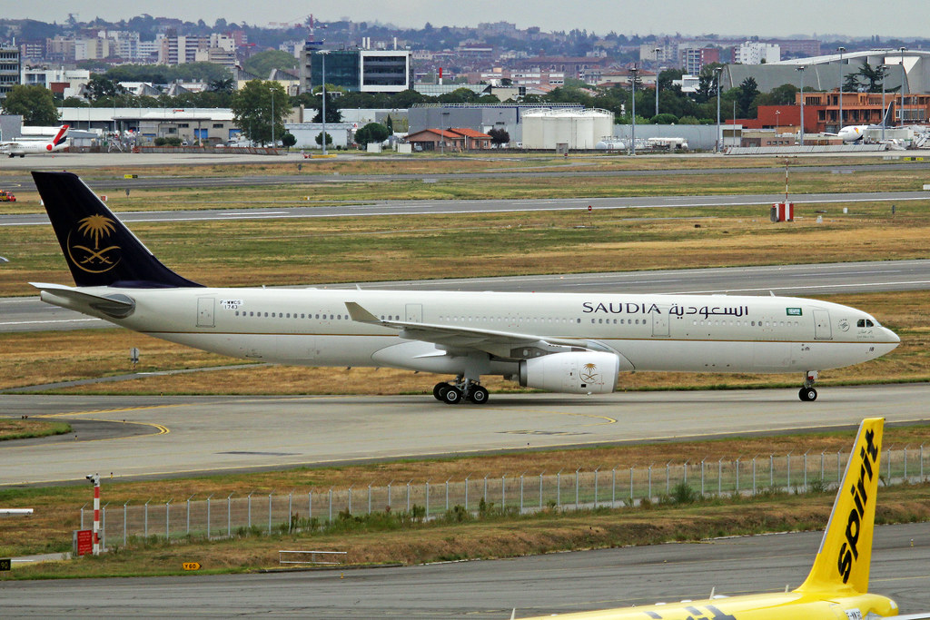 HZ-AQ18 - A333 - Saudi Arabian Airlines