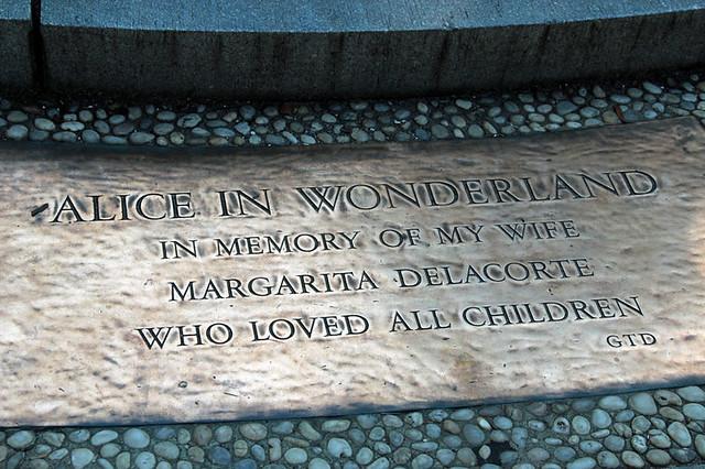 IMG_3916aliceinwonderlandmemorial