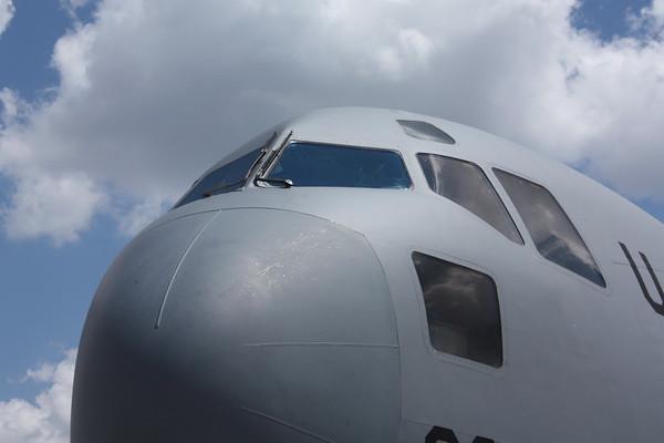 12Airfest_C-17_002