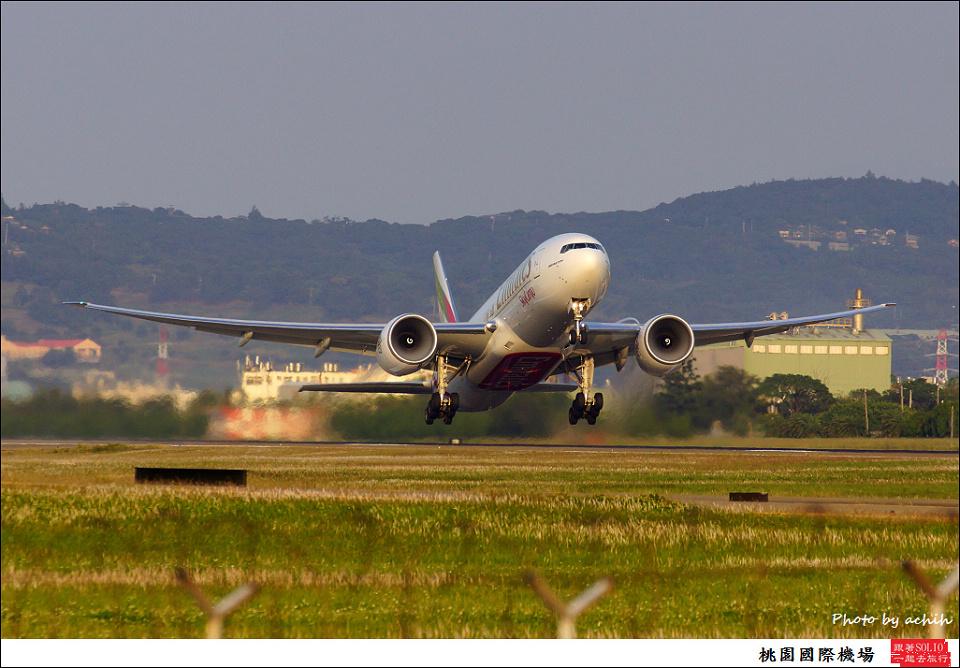 阿酋航空A6-EFH貨機001