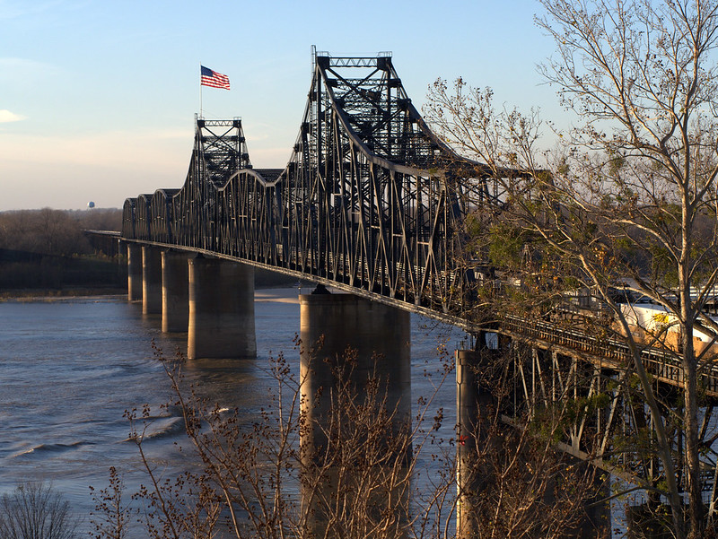 _1190930 mississippi river at Vicksburg