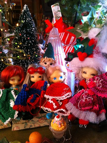 Xmas Tree's For We Cabin ForesT Ans Crystal SnowPeeP Ans SWeeTs!!! by DollZWize
