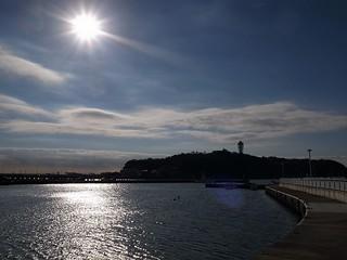 逆光の江ノ島