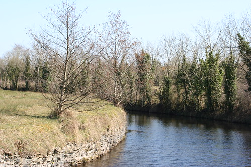 ireland lake river boat canal lough shannon northern waterway erne