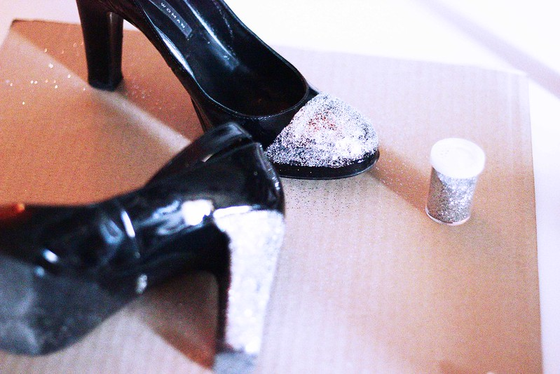 DIY: glitter shoes
