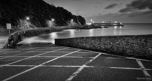 longexposure bw seascape night landscape blackwhite nikon noiretblanc harbour sigma jersey 1770 manfrotto bouleybay sigma1770 lightroom4 silverefexpro2