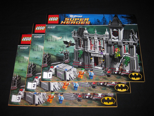 Review 10937 Arkham Asylum Breakout Brickset Lego Set Guide And
