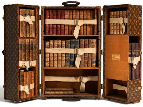 Bookcase-steamer trunk