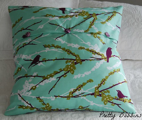 cushion cover back Aviary