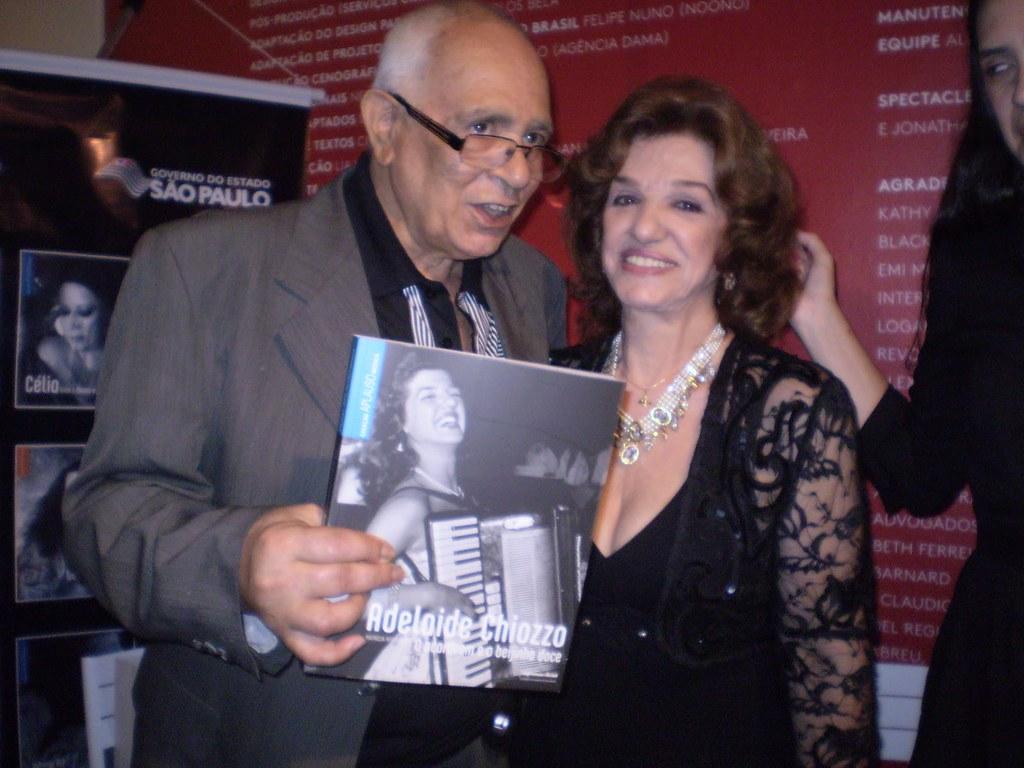 Antonio Borba e a Cantora Adelaide Chiozzo(da conhecidissima Música Beijinho Doce).