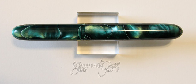 Ken Cavers Green Swirl Cigar